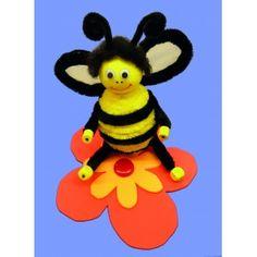 Eine herrliche Bastelidee zum Biene basteln | wunderschöne Biene aus Pfeifenputzer