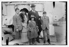 Sir A. Conan Doyle y su familia