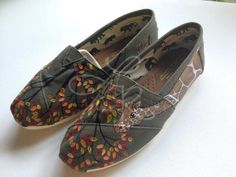 Natural colored giraffes hand painted on TOMS by ArtfulSoles, $120.00