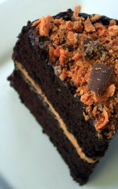 Butterfinger Candy Cake