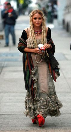 I don't know who she is -- but she certainly is fearlessly stylish! fashion, olsen twins, dresses, style icons, bohemian look, boho, bohemian style, hair, bohemian gypsy