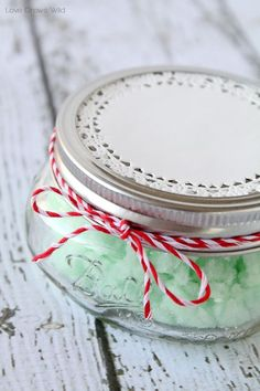 This Homemade Mint Sugar Scrub is a great DIY gift idea for the holidays! Inexpensive and easy to make!