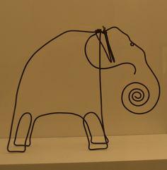 Alexander Calder, Lawnton (1898-1976). Kinetic sculptor. Wire sculpture.