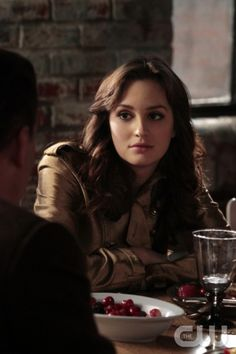 """""""Con Heir"""" GOSSIP GIRL Pictured: Leighton Meester as Blair Waldorf  PHOTO CREDIT:  GIOVANNI RUFINO/THE CW © 2011 THE CW Network, LLC.  All Rights Reserved."""
