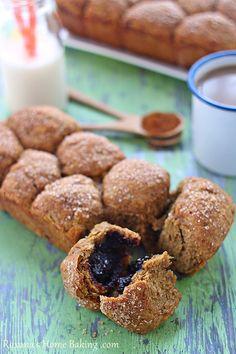pull apart nutella filled pumpkin bread | roxanashomebaking.com