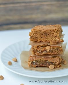 Blond Brownies with Peanut Butter Chips   http://www.fearlessdining.com  #brownies #glutenfree