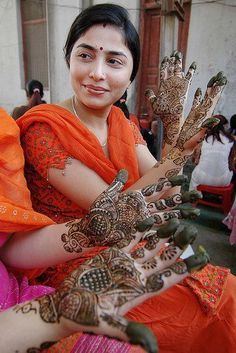 mehndi etiquette <3  this article is spot on.