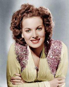 Our own Maureen O'Hara another natural flawless beauty!!   Google Image Result for http://images.fineartamerica.com/images-medium-large/maureen-ohara-ca-1940-everett.jpg