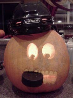 hockey player halloween pumpkin