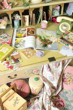 garden cottag, shabbi chic, vintage floral, shabbi lane, vintage homes, craft rooms, cottag offic