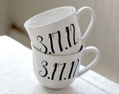 Mr. & Mrs. Hand-Lettered Mugs http://ow.ly/aU9Iy
