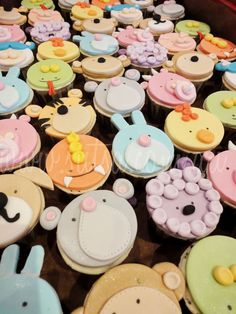 Cupcake Decorating Ideas Animals : Cake Decorating - Cute Cup Animal Faces on Pinterest ...