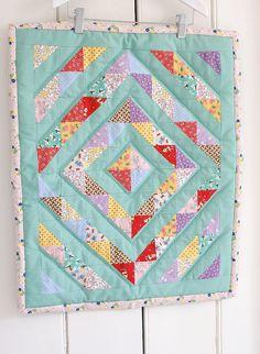 sew, craft, messyjess 1930s, babi quilt, mini quilts, 1930s doll, doll quilt, miniquilt, messi jess