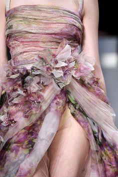 Elie Saab Haute Couture Spring 2011 Details