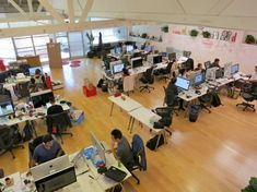 Located in the heart of Palo Alto, the Pinterest office is home to 70+ employees—and a massive amount of pinning.