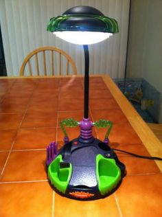 "Nickelodeon ""Desk Thing"" Lamp Organizer"