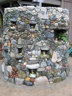 Stone Firepit Mosaic Garden Design