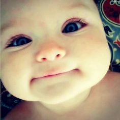 cute baby face.people  are  animals too..!