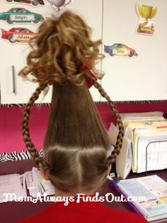 How To Do Cindy Lou Who Hair Do Tutorial  Not like I would ever do this, but that's just awesome!