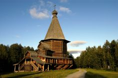 Arkhangelsk regional #architecture -- Norway www.barentsphoto.com/malye-korely #ThrowbackThursday