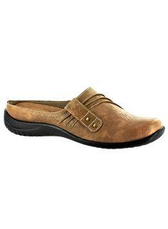 Easy Street® Holly at www.amerimark.com.  Comfortable, attractive clog.  #amerimark #shoeshopping #loveshoes #shopforshoes #shoeshop #luvshoes #fallshoes #autumnshoes #clogs