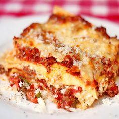 Chicken Chorizo Lasagna - chicken and smokey chorizo sausage as well as a creamy ricotta filling add terrific flavor layers to this amazing lasagna.
