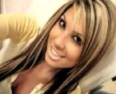 Should I put chunky blonde highlight in my dark brown hair 300x245 Chunky Hair Highlights