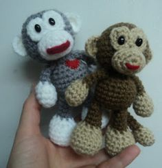 Little Bigfoot Monkey - amigurumi free crochet pattern