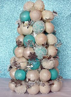 Cake Pops Christmas Tree
