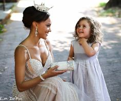 A princess like you .  With Miss DC Ashley Boalch and adorable Sela during a Laura Lee handbag photo shoot.