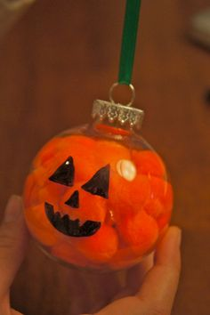 Simple Kids Craft- Pumpkin Ornament - could fill with memories from summer camp