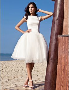 Ball Gown Bateau Knee-length Satin Tulle Wedding Dress inspired by Audrey Hepburn Funny Face - USD $ 149.99