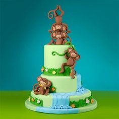 This cake is no monkey business. Craft a beautiful cascading waterfall rushing over three cake tiers with our Ready-to-Use Rolled Fondant and fondant tools.