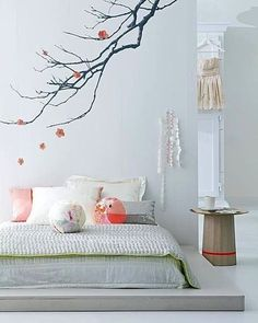 Tween bedroom, great wall art, coral grey and white.