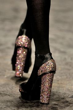 pinterest.com/fra411 #shoes - Never enough sparkle