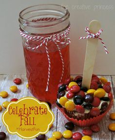 Caramel Apple Cider Cupcacakes and Red Hot Apple Cider | Fall Recipes #HarvestFun #shop #cbias