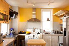 Vintage stove, modern hood, Ikea cabinets--Philadelphia Row Homes | DesignNehez