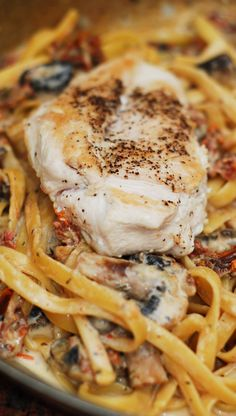 Chicken mushroom pasta with sun-dried tomatoes in a creamy garlic and basil sauce. Tender and juicy chicken breast in a creamy flavorful pasta sauce!