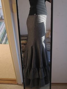Fishtail Skirt Tutorial #skirt #sew  <- yes please!  I'll take the body that's in this pretty skirt, too!  :)