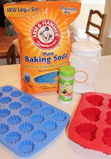 "Make your own ""bath bombs""! - Christmas presents? Get the baking soda with a coupon thekrazycouponlad..."
