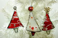 Red and White Stained Glass Christmas Tree Ornaments Set of Three by Miloglass