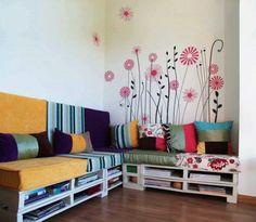 Sofa. Palet