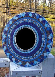 Mosaic mirror blue round