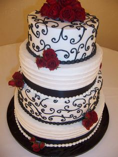 Round Wedding Cake - Black and White, Red Roses by Linda's Kitchen, via Flickr