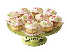 Posy-appointed cupcakes are perfect for Easter!