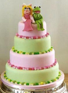 LOL.....Ms Piggy and Kermit!!!