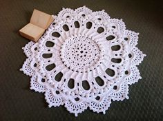 Crochet Doily Rug - Splendid - Handmade - Shabby Chic - by dainamickus on madeit