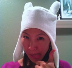 What time is it? Adventure Time! How to make this hat  http://www.thestylishgeek.com/2012/10/22/how-to-make-finn-hat/