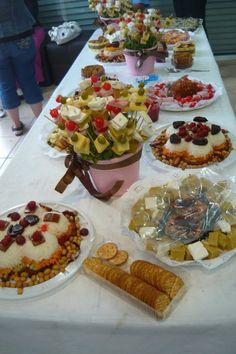 Mesas de buffet y de dulces on pinterest mesas dessert - Mesas para buffet ...