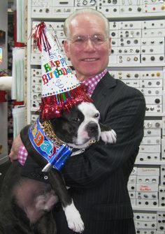 Swatch always makes it work for Tim Gunn, who stopped by the NYC store to wish Swatch a happy 5th birthday.#bostonterrier #moodfabrics
